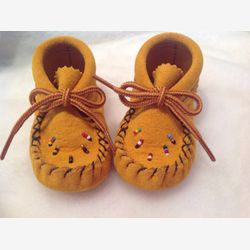 Authentik native Baby Moccassin or booties