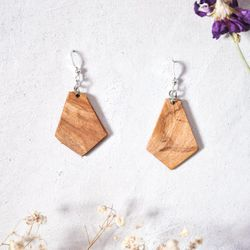 Berri, Earrings, Ash, Made in Montreal, Local Wood, Circular Economy, Recycled Wood, EAB