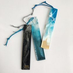 Resin bookmark